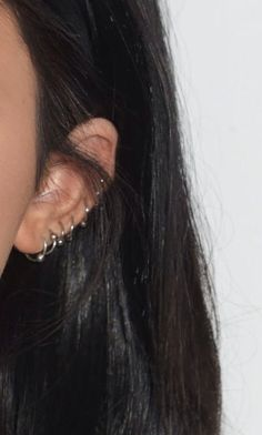 MINI Ear Cuff Cartilage Faux Helix, Fake Helix Earring, No Piercing Hoop, Simple Earcuff, Non-pierced Upper Ear Silver Triple Square - Custom Jewelry Ideas Piercing Face, Cute Ear Piercings, Tattoo Und Piercing, Ear Peircings, Ear Jewelry, Cute Jewelry, Jewellery, Hippie Jewelry, Jewelry Ideas