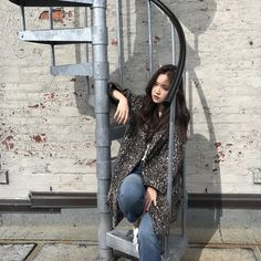 Naeun Starcast at New York fashion week. Kpop Girl Groups, Korean Girl Groups, Kpop Girls, Son Na Eun, Apink Naeun, Girl Couple, 10 Picture, Cube Entertainment, Ulzzang Boy