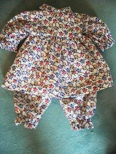 Schildkroet-Puppenkleidung-auch-fuer-alte-Puppen-Kleid-Bluemchen-Baumwolle-55-60cm