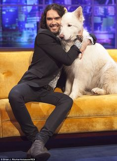 Russell Brand appears on The Jonathan Ross Show with Jemima Khan's dog Brian. Gotta hand it to Russell for being sober.