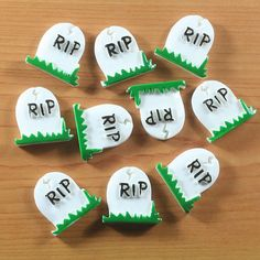 Lot 10pcs RIP Tombstone Grave For Halloween by TheButtonSisters