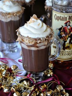 25 Boozy Hot Chocolate Recipes That Will Keep You Warm All Winter (Photos)