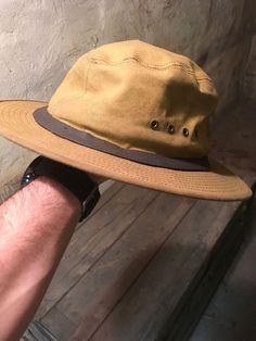 d2b2a50806b Vintage Filson Tin Cloth Packer Hat .... Size MEDIUM  fashion  clothing
