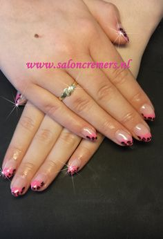 almond neon pink with leopard print nail art