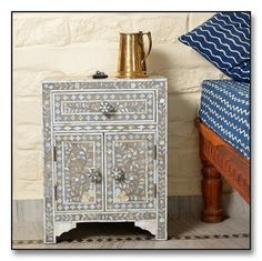 Mother of Pearl #Inlay #Bedside #Chest http://www.irisfurnishing.com/Mother-of-Pearl-Inlay-Furniture-s/1514.htm
