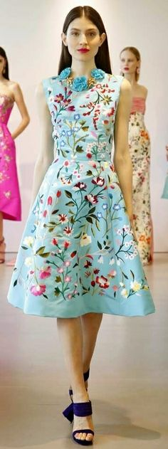 "soullovelyfashion: ""Best Look at Oscar De La Renta Resort More Best Looks Resort More Floral Fashion Trend for Spring Summer More Floral Fashion Trends for Fall Winter "" Oscar Dresses, Evening Dresses, Summer Dresses, Classy Outfits, Beautiful Outfits, Floral Fashion, Fashion Dresses, Cruise Fashion, Blue Cocktail Dress"