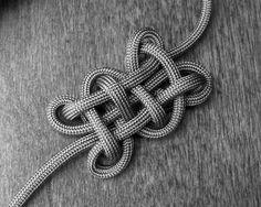 Stormdrane's Blog: The Oblong Knot...