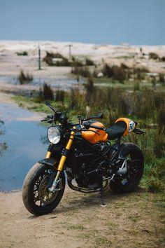 Clockwork Orange – Paul's Ducati Cafe Racer – Throttle Roll Modern Cafe Racer, Cafe Racer Style, Ducati Cafe Racer, Cafe Bike, Retro Motorcycle, Cafe Racer Motorcycle, Used Bikes, Cool Bikes, Ducati Multistrada