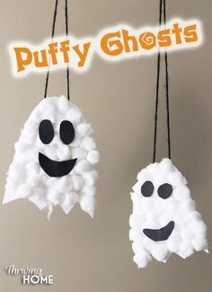 Easy Halloween Craft for preschoolers: Puffy Ghosts. Little hands love the different textures and how quickly this easy craft comes together. Great activity for classroom Halloween parties! #Halloweencraft #ghost #preschoolcraft