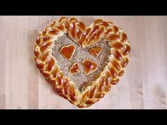 Herz aus Hefeteig flechten für Valentinstag / Muttertag | Zeitlos-Brot