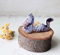 Joyería del arte animal caprichoso uno de una por Dinabijushop