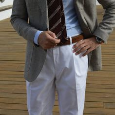 Tie mod Berlandiera.  www.sprezza.es  Trousers from Lopez Aragon
