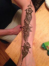 Azeen Art - Henna Henna Designs, Hand Tattoos, How To Draw Hands, Bridal, Art, Henna Art Designs, Art Background, Kunst, Hand Reference