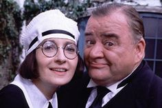 Jimmy Perry, the comedy writer who created Dad's Army and Hi-De-Hi! British Comedy, British Actors, Cinema Movies, Movie Tv, Jimmy Perry, Dad's Army, Bbc Tv Series, Vintage Television, War Film