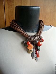 Купить ДалИ.Охота - рыжий, кулон, колье на шнуре, подвеска-кулон, подвеска на шнуре