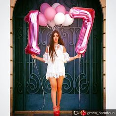 She's Now 17 .. . . #LaRoseBalloons #LaRoseEvents . #LaRose #Balloons #Number #17 #BirthdayGirl #Photoshoot #Lebanon #Nabatieh #لبنان #النبطية
