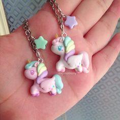 Pastel unicornio blanco y collar de color rosa por momomony en Etsy
