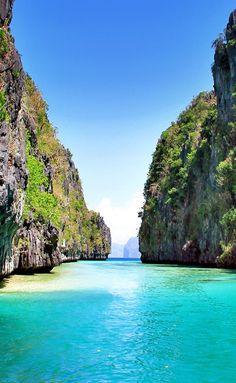 Gorgeous Palawan Beaches - Philippines