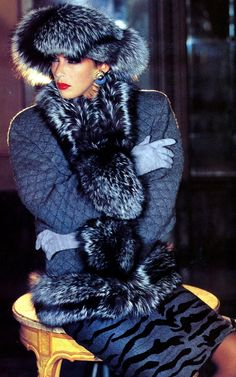 Baby, it's cold outside. Our glamour girl doesn't like the cold, but still looks grand in her fur hat and coat Fur Fashion, High Fashion, Winter Fashion, Style Fashion, Fashion Design, Fabulous Furs, Glamour, Vintage Fur, Mode Style