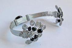 Reuse » Products » Bracciale in acciaio e vetro