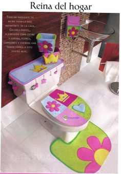 Juegos de baño en foami Foam Crafts, Diy And Crafts, Arts And Crafts, Sewing Projects, Projects To Try, Handicraft, Kids Room, Sewing Patterns, Crafty