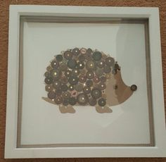 Handmade hedgehog picture made with vintage buttons! Adorable craft activity for all ages Cute Crafts, Diy And Crafts, Arts And Crafts, Diy Buttons, Vintage Buttons, Craft Gifts, Diy Gifts, Hedgehog Craft, Button Cards