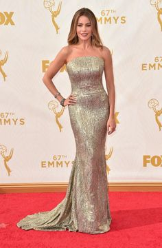 The Best Accessories at The Emmy Awards 2015 - Sophia Vergara in Giuseppe Zanotti heels, a Jimmy Choo bag, and Lorraine Schwartz jewels,  and St. John gown