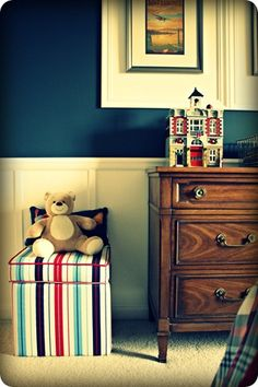 Thrifty Decor Chick: Show us your kids rooms!