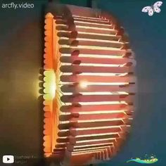 DIY DECORATIVE WALL LAMP💡✨ This is for sure not an ordinary type of lamp that we are all used to seeing!  By: @artesanato_mundo<br>