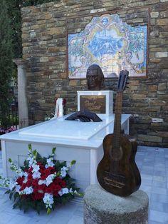 Hoy se ha Inaugurado el Mausoleo del Maestro Paco de Lucia. Fundación Guitarra Flamenca. www.fundacionguitarraflamenca.com
