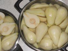 Gruszki w syropie na zimę Eggplant, Pickles, Cucumber, Vegetables, Food, Essen, Eggplants, Vegetable Recipes, Meals