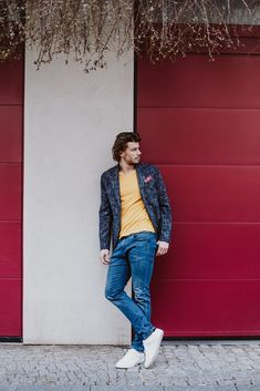 Mit diesem bequemen Allrounder können Sie Ihren Everyday Look immer wieder neu erfinden. Trends, Pullover, Outfit, Jeans, Casual, Style, Fashion, Dark Blue, Cotton