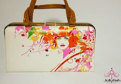 Hand painted purse! Cool!