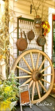 """""""Far Above Rubies: Fall in the Country. LOVE the rusted cast iron hanging on the old mattress frame!"""" Wagon wheel and washboard combination. Mattress Frame, Old Mattress, Mattress Springs, Rusty Bed Springs, Crib Spring, Bed Spring Crafts, Old Wagons, Mellow Yellow, Shabby Chic Decor"""
