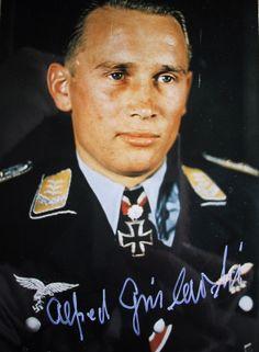 ✠ Alfred Grislawski (2 November 1919 – 19 September 2003) RK 01.07.1942 Feldwebel Flugzeugführer i. d. 9./JG 52 11.04.1944 [446. EL] Hauptmann (Kr.O.) Staffelkapitän 1./JG 1