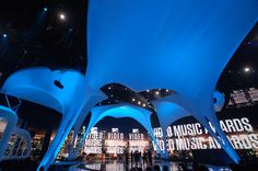 2010 VMA Stage Design