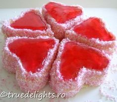Collection valentine's day decorations ideas (more 250 pics) Valentines Day Food, Valentine Day Love, Valentines Day Decorations, Jar Of Hearts, Jelly Hearts, Sweet Hearts, Best Candy, Cake Boss, How Sweet Eats