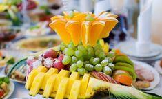 Идеальные варианты подачи фруктов на праздничный стол! Справится каждая хозяйка!