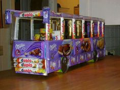 Chocolate bus... Giant thumbs up to this!!!