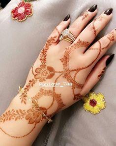 Modern Henna Designs, Floral Henna Designs, Henna Art Designs, Mehndi Designs For Girls, Stylish Mehndi Designs, Mehndi Designs For Beginners, Bridal Henna Designs, Beautiful Henna Designs, Latest Mehndi Designs