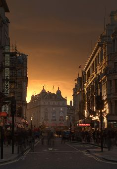 From Leicester Square to Piccadilly Circus, Central London