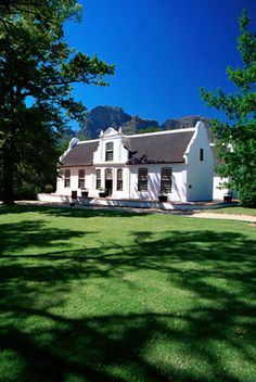 Wine Tasting and Lunch at Boschendal Winery Classic Architecture, Architecture Details, Cape Dutch, Dutch House, Namibia, Country Farm, West Indies, Cottage Homes, Wineries
