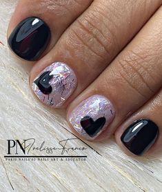 "P N • By Ivelisse⚜️'s Instagram post: ""Combina tu sonrisa con una buena Manicura. -Acrílico de color & Gel Paint- 🖤🖤🖤🖤🖤🖤"" Paris Nails, Valentine Nails, Art Education, Nail Art, Color, Instagram Posts, Painting, Beauty, Smile"