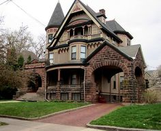 Like this even though it looks like it could be a good set for a horror movie!