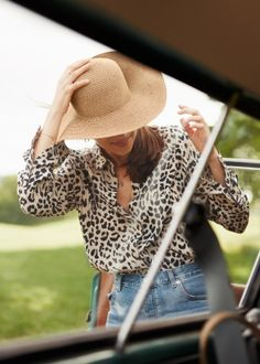 | & Other Stories #fashion #leopard #blouse