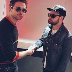 So not cute at all, it's not like they are the best rock duo out there . They fucking rule for fuck's sake Mike Kerr, Royal Blood, Best Rock, Green Day, Number One, Rock Bands, My Hero, Pop Culture, Mens Sunglasses