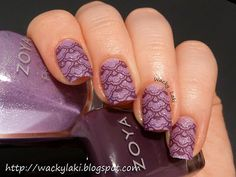 a pretty lilac base of Zoya PixieDust Stevie, stamping was done using Zoya Monica and Pueen plate Pueen15...