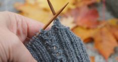heute wird wieder fleißig gestrickt ; ))) Ein ganz einfaches Strickmuster, was perfekt für Anfänger geeignet ist. Eine dekorative Zöpfli-...