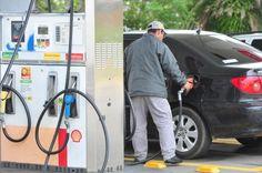 BLOG LG PUBLIC: Gasolina subiu 19% no ano. E tem mais aumento a ca...