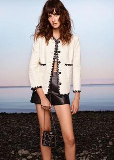 Chanel Resort, Chanel Cruise, Boutique Haute Couture, Style Couture, Haute Couture Fashion, Couture Details, Fashion Week, Runway Fashion, Fashion Show